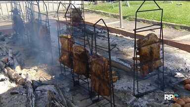 Festival da Carne Assada neste fim de semana em Curitiba - O festival está sendo realizado, na Praça Nossa Senhora Salete, no Centro Cívico