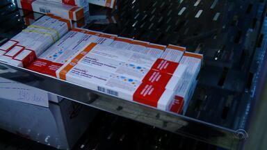 Passo Fundo tem falta de vacina tetraviral em clínica particular de Passo Fundo, RS - Clínica aplicou 400 doses em uma tarde e lista de espera tem cerca de dois mil nomes.
