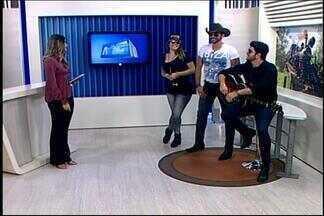 Dupla Alan & Alex se apresenta em Divinópolis - Sertanejos contam detalhes sobre show. 'Tamo Junto e Misturado' é um dos sucessos.
