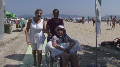 Santos inaugura esteiras do programa Praia Acessível - Ir à praia agora ficou mais fácil para quem tem dificuldade de locomoção.