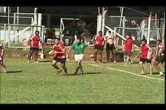 Uberaba recebe 'Liga Triângulo de Rugby' - Atletas de cinco cidades da região e também do Distrito Federal participam de evento neste fim de semana. A próxima etapa da liga será em julho, em Uberlândia.