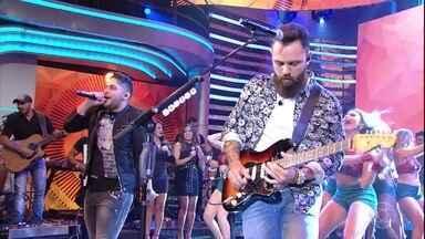 Jorge & Mateus abrem o Domingão com 'Eu vou voando' - Dupla sertaneja anima a plateia