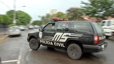 Polícia prende mais suspeitos de participarem de ataques a ônibus em Campo Grande - Mais pessoas foram presas suspeitas de participação nos ataques a ônibus em três bairros de Campo Grande.