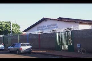 Escolas de Ituiutaba investem em segurança após casos de violência - Controle de entrada e saída dos alunos, câmeras e muros mais altos foram algumas medidas adotadas pelos diretores para evitar a violência dentro das escolas da cidade.