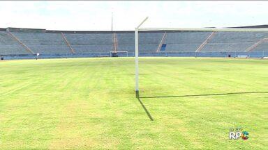 Prefeitura garante que Estádio do Café fica pronto para a Copa do Brasil e série B - O gramado está em boas condições, mas ainda há muito o que fazer no estádio. A prefeitura abriu edital de concorrência, mas o gestor do LEC disse que não tem interesse em administrar o estádio.