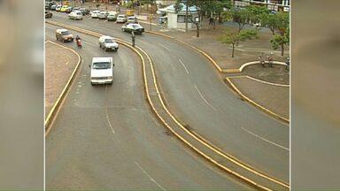 Cascavel vai perder as famosas curvas da Avenida Brasil - Para a revitalização da Avenida Brasil, as curvas vão ter que sair. Traçado sinuoso que há tempos vem dividindo opiniões.