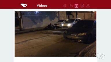 Buraco em rua causa transtorno em Itapuã, Vila Velha ES - Moradores dizem que buraco surgiu da noite para o dia.