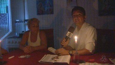 Sem energia, comerciantes e moradores do Matapí Mirim reclamam de prejuízos - Sem energia, comerciantes e moradores do Matapí Mirim reclamam de prejuízos