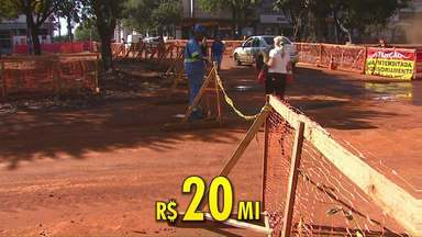 Obras da Avenida Brasil, em Cascavel, ficam R$ 20 milhões mais caras - Último aditivo da prefeitura foi de R$ 10 milhões.