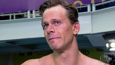 Cesar Cielo está fora das Olimpíadas do Rio - O nadador Cesar Cielo, ouro nos jogos de Pequim, e recordista mundial dos 50 metros Nado Livre, precisava terminar com um bom tempo entre dos dois primeiros colocados, mas não conseguiu. Ele se emocionou ao dar uma entrevista após a prova.