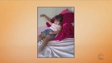 Mãe da menina Laura é presa preventivamente em Araquari - Mãe da menina Laura é presa preventivamente em Araquari