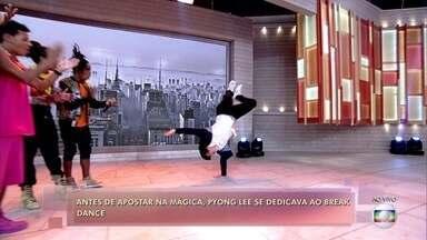 Mágico Pyong Lee também arrasa no break dance - Dream Team do Passinho canta 'De Ladinho'