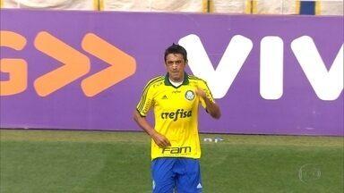 Cruzeiro acerta troca de dois jogadores do Palmeiras - Clube mineiro recebe Lucas e Robinho e manda para o time paulista Fabiano e Fabrício