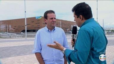 Prefeito Eduardo Paes fala das obras para as Olimpíadas - O repórter André Trigueiro fez um passeio pelo parque olímpico com o prefeito.