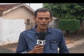 Homem morre após ser baleado por PM durante ação policial em Ituiutaba - Militar perseguia suspeito, que entrou na casa da vítima para fugir.Homem será enterrado nesta quarta (27); policial está preso no quartel.