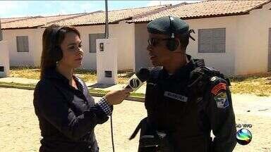 Polícia fala invasão de casas populares - Polícia fala invasão de casas populares.