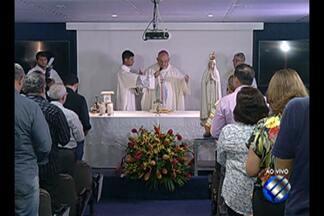 Nos 40 anos da TV Liberal funcionários celebram uma missa em homenagem a emissora - Os outros 35 casos ainda estão em investigação.