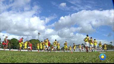 Auto Esporte e Santa Cruz disputam a última vaga na elite do Paraibano em 2017 - Na última rodada do torneio da morte, o Auto enfrenta o atlético e o Santa enfrenta o Esporte de Patos.