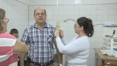 Agevisa diz que exames de H1N1 devem ser feitos em RO - Os exames dos casos suspeitos de H1N1 não são feitos em Rondônia e são encaminhados para São Paulo. De acordo com a Agesiva o procedimento deve ser feito aqui no estado.