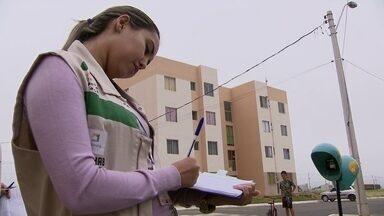 Servidores da Codhab notificam invasores no Setor Habitacional Paranoá Parque - Depois que o DFTV mostrou os casos de invasão no Setor Habitacional Paranoá Parque, servidores da Codhab estão no local para notificar os invasores.