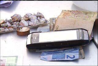 Duas pessoas são presas em Juazeiro do Norte por tráfico de drogas - Prisão ocorreu na localizado do Gesso.