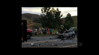 Três pessoas morrem em acidente na BR 259 em João Neiva, no ES - Umas das vítimas foi um bebê de um ano. O acidente aconteceu nessa sexta-feira (29).