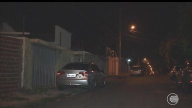 Moradores da Zona Sul reclamam das constantes faltas de energia - Moradores da Zona Sul reclamam das constantes faltas de energia