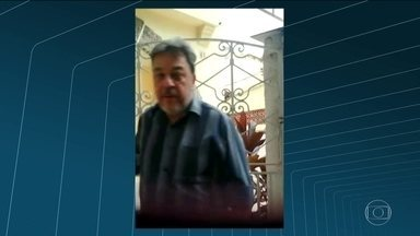 Polícia identifica terceira criança vítima de abuso - Os investigadores dizem que o advogado Roberto Paz cometeu esse crime em 2004