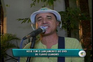 Poeta cantador Flávio Leandro lança o terceiro Dvd da carreira em Petrolina, PE - O show de lançamento do DVD será neste sábado em Petrolina.