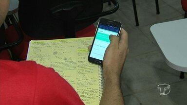 Estudantes participam de simulado online do Enem em Santarém - Os demais simulados da Hora do Enem serão realizados em 25 de junho, 13 de agosto e 8 e 9 de outubro.