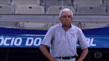 Givanildo Oliveira é a esperança do América-MG para vencer o Atlético-MG no Mineiro - Na quarta passagem pelo clube, o treinador coleciona títulos da série B e C, mas nunca treinou um grande.
