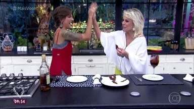 Jogo de Panelas 18: Ana Maria prova a sobremesa de Anna Terra - Publicitária consegue surpreender e agradar com o cardápio inspirado em tatuagens e rock