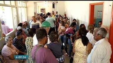 Moradores reclamam da falta de vacinas contra H1N1 em Itumbiara - A previsão é de que mais doses cheguem até quinta-feira (12).