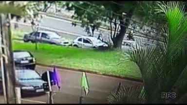 Quadrilha fecha carro, sequestra motorista e rouba malote de 30 mil - Motorista foi abandonado pouco tempo depois