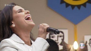 Aline Barros abre o 'É de casa' deste sábado - Cantora se apresenta ao som de 'Vitória no Deserto'