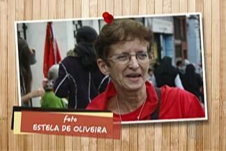 """Devotos enviam fotos para o """"Divina Lembrança"""" - Marlene Druzian faleceu há três anos e adorava acompanhar o cortejo da Entrada dos Palmitos."""