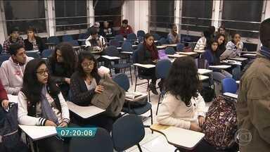 Inscrição para o Enem termina nesta sexta (20) - Redação está entre o que os estudantes mais temem na prova.