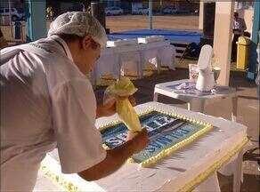 Aniversário de Palmas comemora aniversário de 27 anos com bolo e programação cultural - Aniversário de Palmas comemora aniversário de 27 anos com bolo e programação cultura
