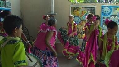 Festeiros de Marabaixo mantêm promessa de família há mais de 60 anos - Festeiros de Marabaixo mantêm promessa de família há mais de 60 anos