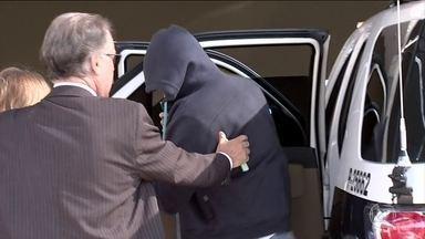 Polícia prende sete suspeitos de integrar rede de pedofilia em SP - Entre eles, um diretor de ensino aposentado e um estudante de medicina.