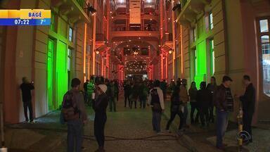 Mais de 16 mil pessoas participam de Noite dos Museus em Porto Alegre - Espaços culturais abriram as portas durante a noite.