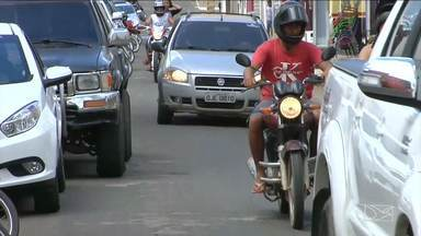 Organizar trânsito é um desafio na maioria das cidades do Maranhão - Organizar o trânsito é um desafio na maioria das cidades. Você vai ver agora a situação de duas importantes cidades da região central do Maranhão, Barra do Corda (MA) e Grajaú (MA).