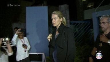 Consultor em segurança comenta o ataque de fã à apresentadora Ana Hickmann - Diógenes Lucca diz que reação do cunhado de Ana foi arriscada, mas pode ter salvado a vida dele, da esposa e da apresentadora