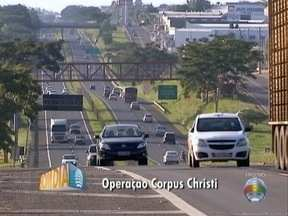 Polícia Rodoviária realiza operação de fiscalização durante o feriado - Ações começam nesta quarta-feira (25).