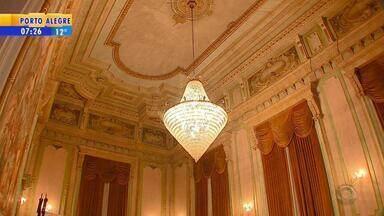 Palácio Piratini completa 95 anos de muita história em Porto Alegre - O palácio é aberto para visitas guiadas.