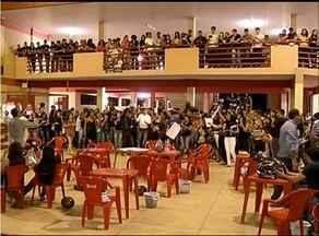 Universitários realizam protesto contra a falta de segurança do campus da UnirG em Gurupi - Universitários realizam protesto contra a falta de segurança do campus da Unirg em Gurupi