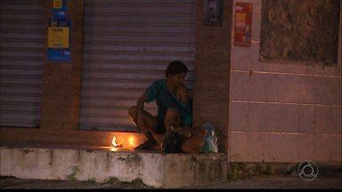 Em João Pessoa: comerciantes estão tendo problemas com moradora de rua - Problema acontece no Bairro dos Estados.