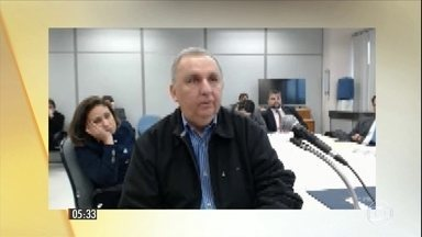 Juiz Sérgio Moro ouve José Carlos Bumlai sobre empréstimo fraudulento - Bumlai, que cumpre prisão domiciliar, admitiu ter agido como testa de ferro na negociação. O depoimento do pecuarista foi tomado nesta segunda-feira (30).