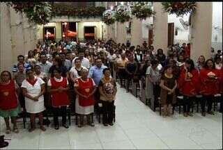 Paróquias do Cariri lotam com as missas em homenagem a Santo Antônio - Paróquias do Cariri lotam com as missas em homenagem a Santo Antônio