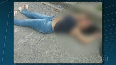 Depois de morte, bandidos atacam base da CDD - Priscila Gonçalves Leite, de 34 anos, levou um tiro na cabeça no fim da manhã. Ela é sobrinha de um traficante da região que está preso.